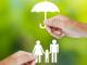 familie_Regenschirm_Foerderung